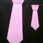 父の日のプレゼントに折り紙を!簡単なネクタイの折り方(細い編)
